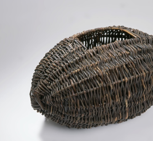 Basket, wool / crealagh