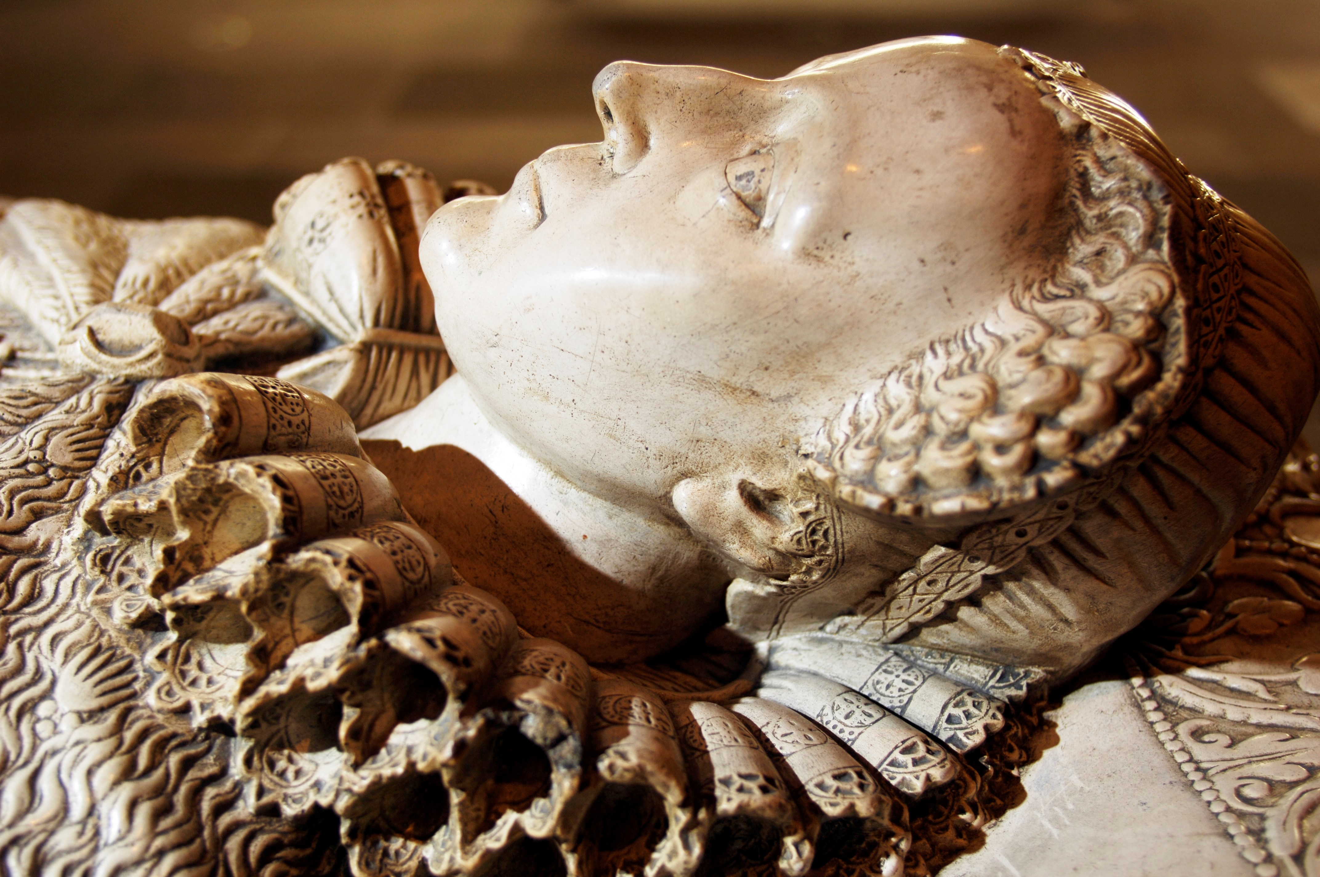 Replica of Mary, Queen of Scots' tomb in Westminster Abbey