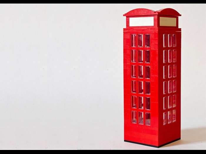 London Phone Box made in LEGO® by artist Warren Elsmore