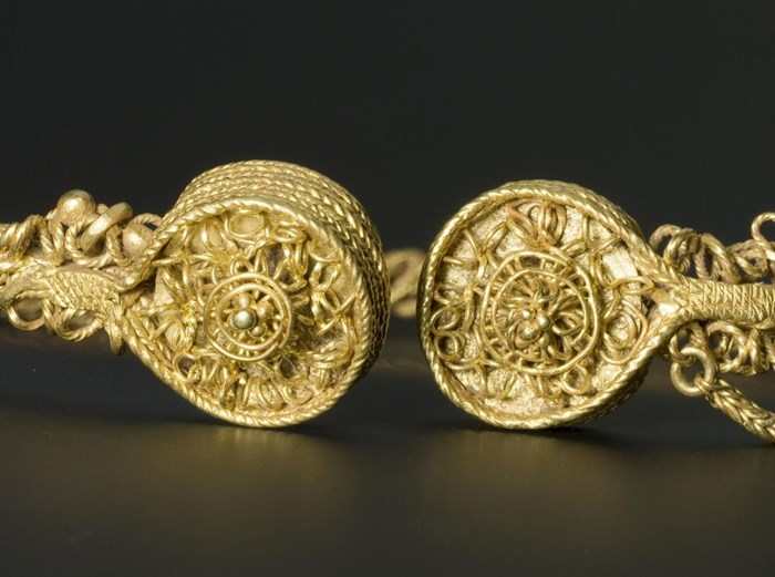 iron-age-gold-torc