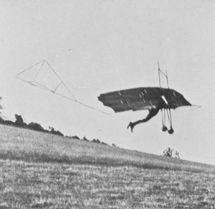 Percy Pilcher S Hawk Glider