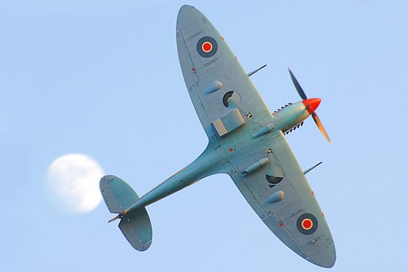 Spitfire in flight. © Crown copyright.