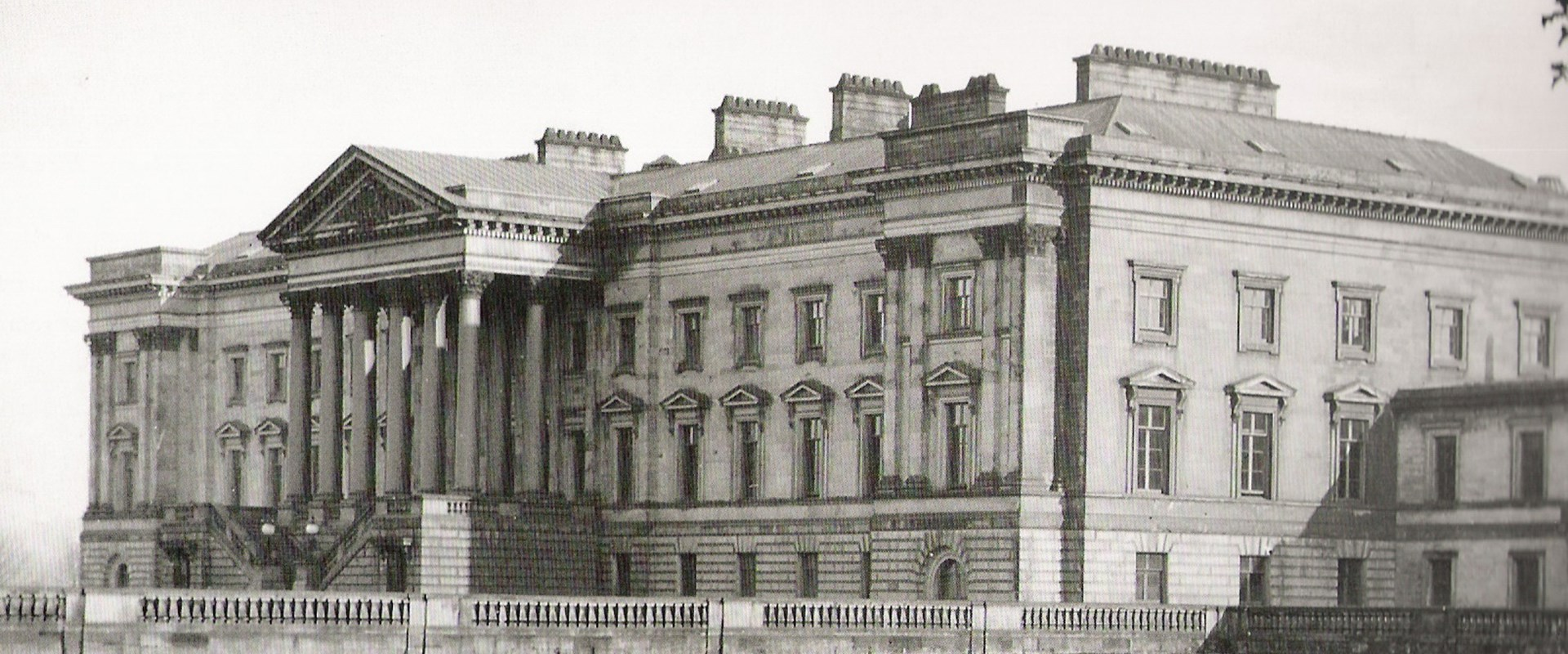 The Rise and Fall of Hamilton Palace