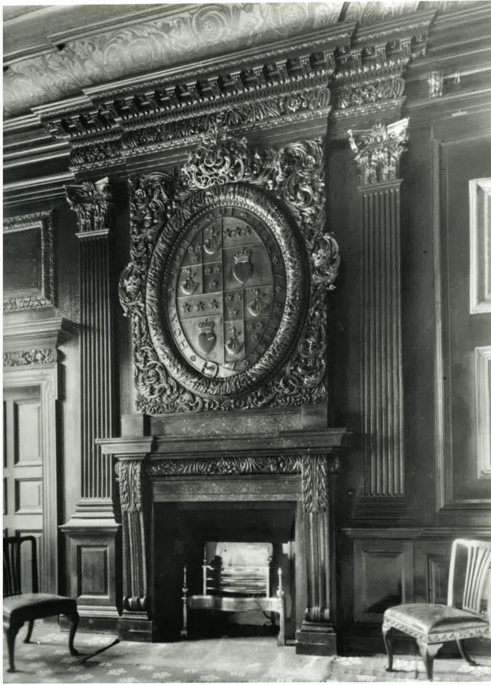 The rise and fall of hamilton palace for Rooms interior design hamilton