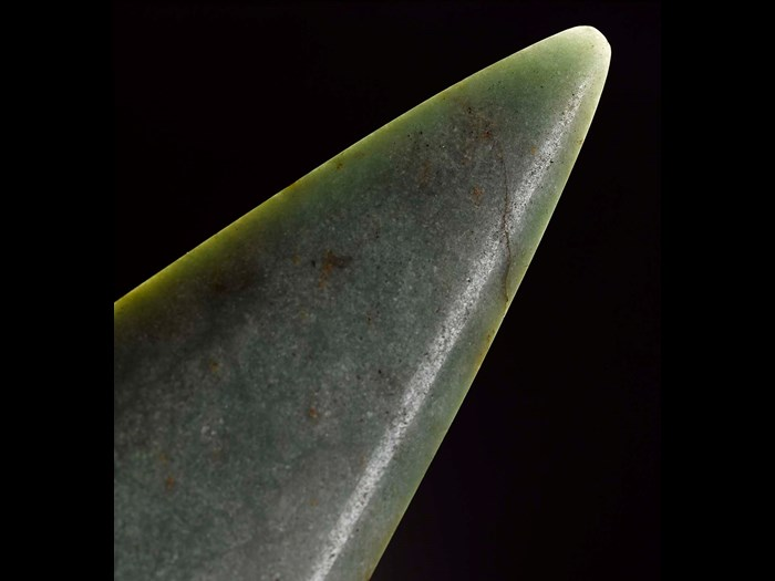 Axehead made of jadeitite, a rare stone prized during the Neolithic period.
