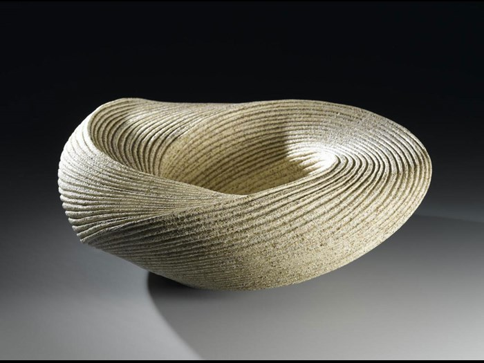 Sculptural vessel, large open stoneware in a spiralling form, from a series of work entitled Choto (Listening to the Waves): Japan, by Sakiyama Takayuki, 2006-7. © Takayuki Sakiyama.