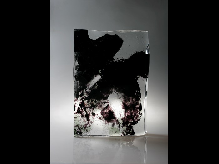 Glass sculpture entitled Calligraphy or Non Calligraphy VIII (Fei shu fei fei shu VIII): China, by Wang Qin, 2007.
