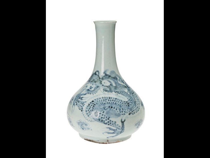 Vase of porcelain, with an underglaze blue design of a four–clawed dragon pursuing the sacred jewel: Korea, Joseon Dynasty, late 18th to early 19th century.