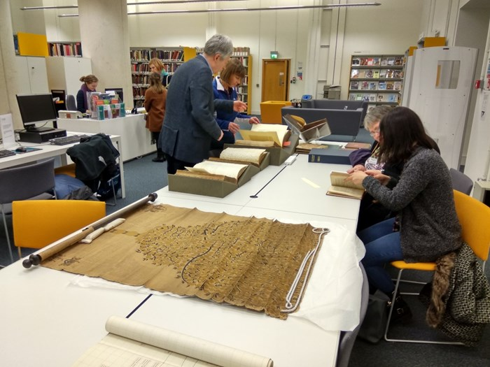 Workshop with postgraduate Genealogy students from Strathclyde University