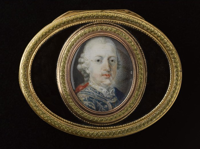 Snuff box with portrait of Prince Charles Edward Stuart.