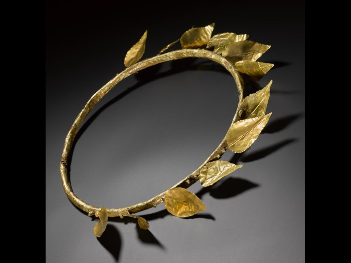 Wreath of twelve gold-foil leaves attached to a ring of copper, found on the mummy of Montsuef: Ancient Egyptian, excavated at Sheikh Abd el-Qurna, Thebes,  c.9BC