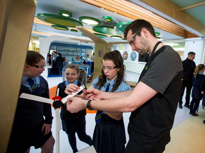 Craig Sinclair, Science, Engagement and Outreach Assistant, leads a Powering Up workshop with school pupils.