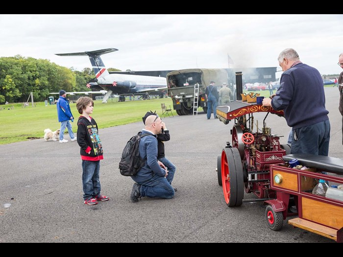 See traction engines large and small © Ruth Armstrong Photography