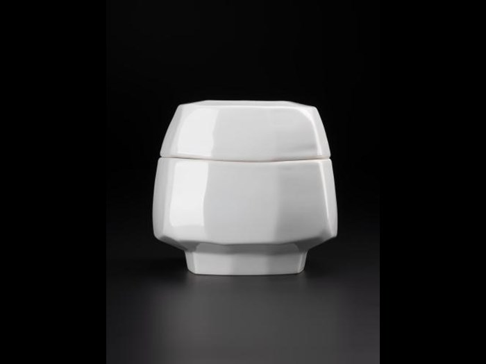 Porcelain lidded container, carved in a square-facetted style: South Korea, by Kim Yikyung, 2000.