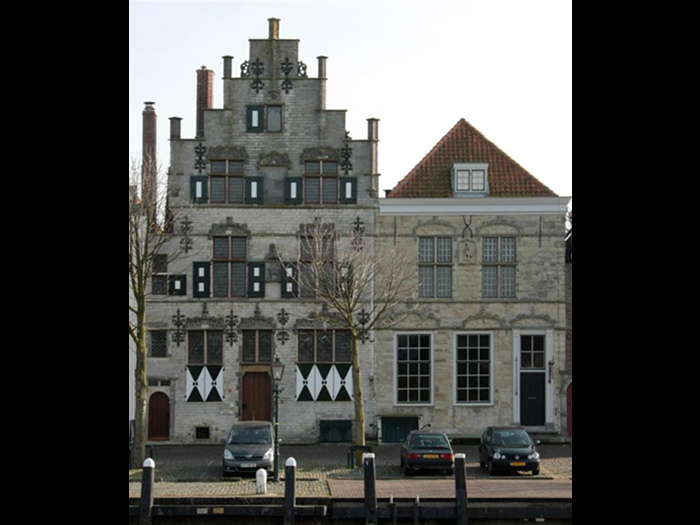 "House 'The Little Lamb"" and house 'The Ostrich' in Veere (Zeeuws Archief, Veere).  House 'The Little Lamb"" and house 'The Ostrich' were build by Scottish merchants during the 16the century. Between 1764 and 1799 house 'The Ostrich' was the residence of the Conservator of the Scottish Privileges in the Netherlands."