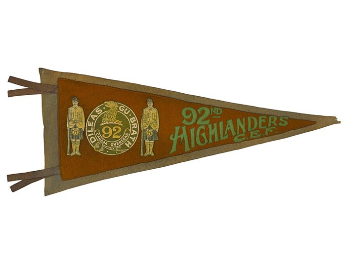 Pipe banner of the 92nd Battalion Canadian Expeditionary Force, 1915. The regimental badge, with its Gaelic motto 'Dileas Gu Brath' (Faithful Forever), was borrowed from the 48th Highlanders of Canada, based in Toronto. New overseas battalions drew upon the identities of older Scottish regiments.