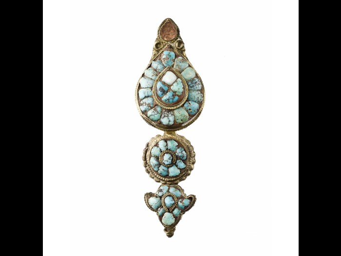 Woman's earring made of gilt and turquoise. 19th century. Acquired by Rev. J.W. Innes Wright. A.1897.319.10