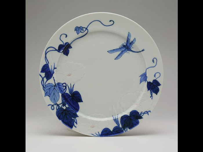 Month plate by Seifu Yohei III, with flowers and dragonfly, c.1890.
