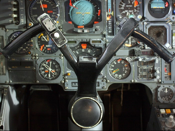 Have a look inside the Concorde cockpit © Jenni Sophia Fuchs.