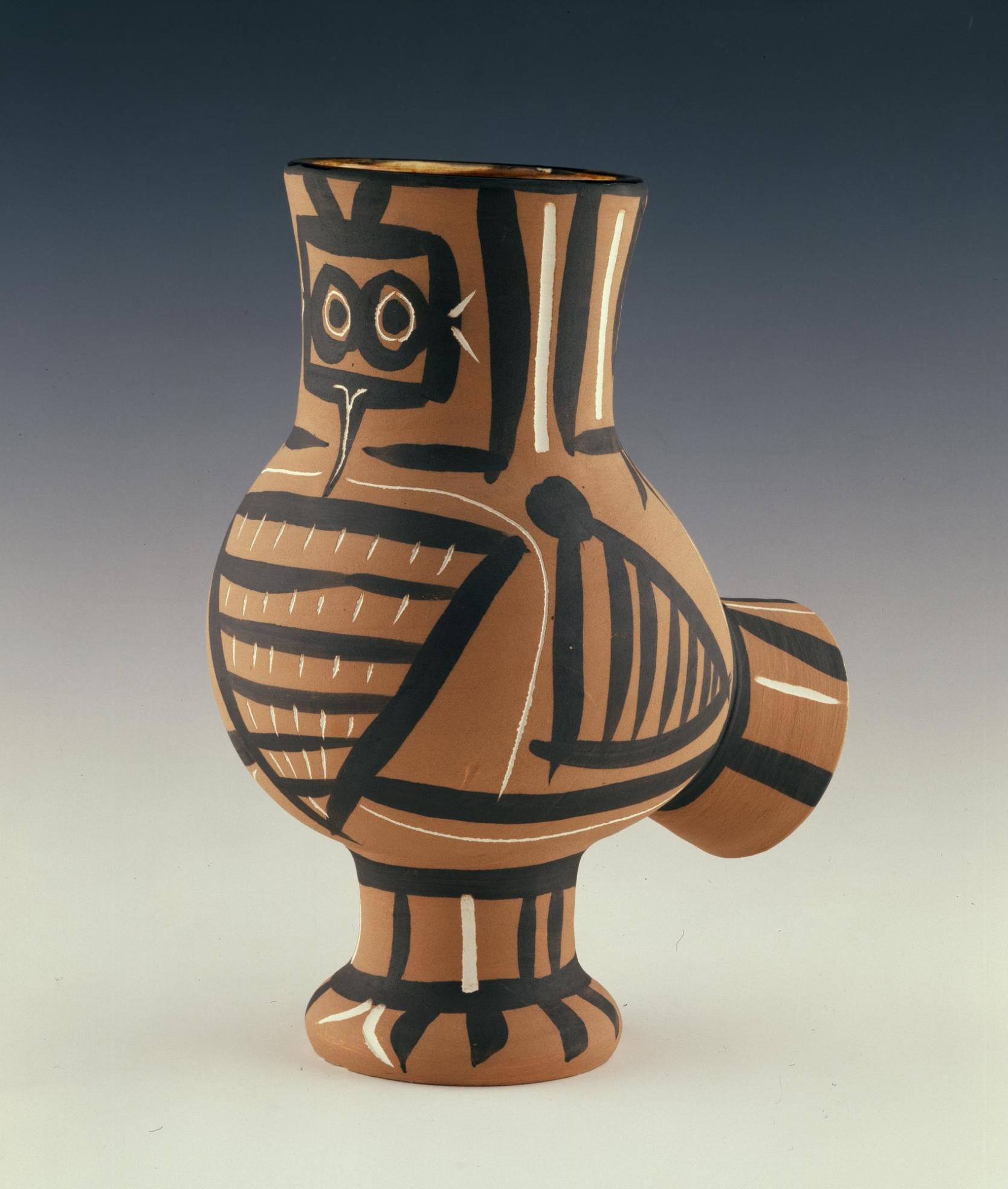 Chouette Mate, an earthenware vase designed by Pablo Picasso (1958)