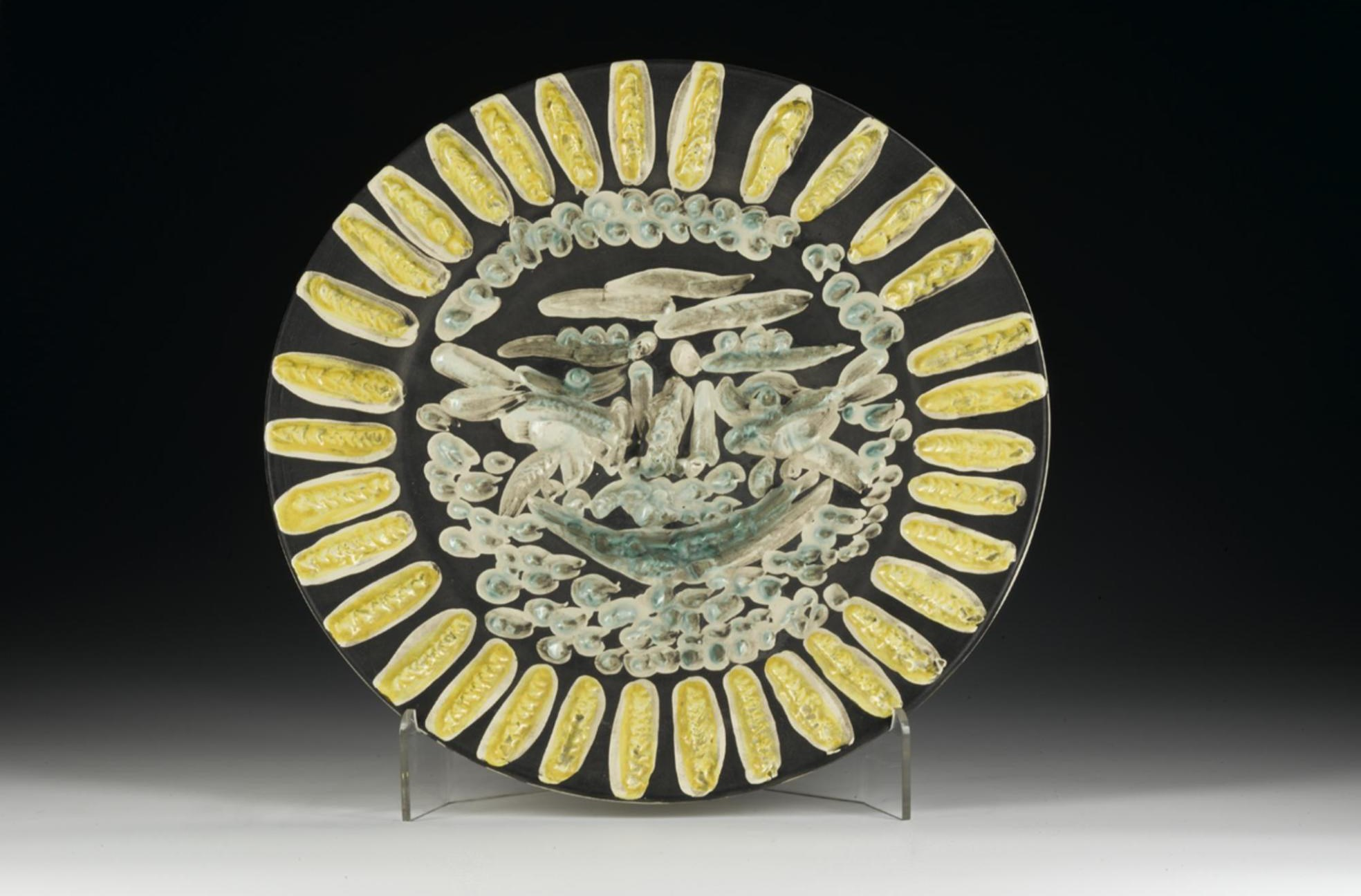 Ceramic dish entitled 'Visage Tourmente', designed by Pablo Picasso in the 1950s