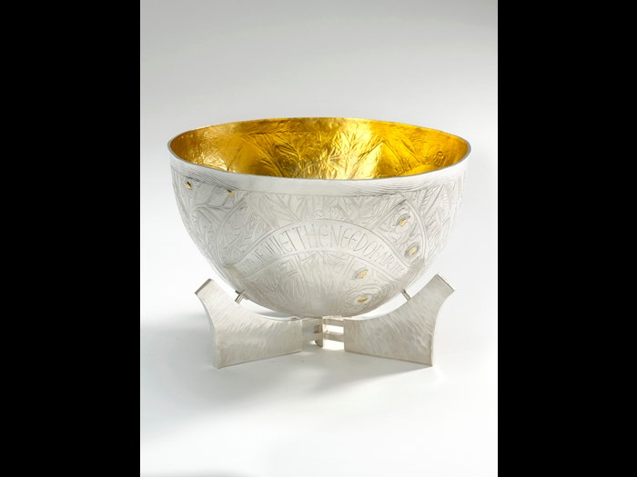 'Bowl', 2009, Michael Lloyd. Measurements: Height 7cm Width 30cm. Image © The Goldsmiths' Company. Courtesy 'Collection: The Worshipful Company of Goldsmiths'. '