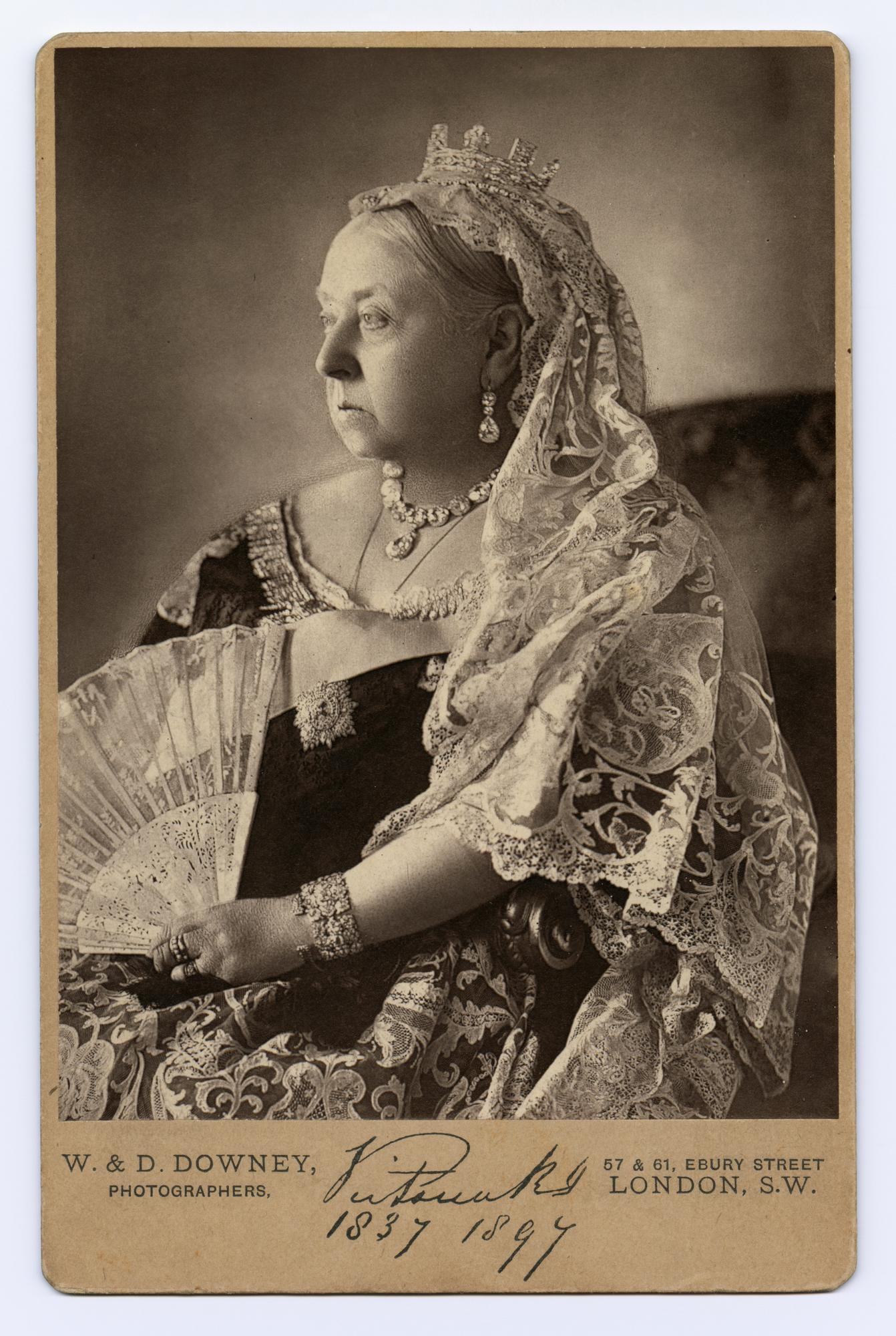 Queen Victoria 1819-1901 The Authorised Diamond Jubilee